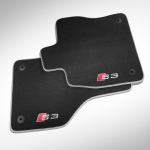 "Premium textile floor mats, for the front and rear, black/silver-grey, with the ""S7"" logo in silver-grey/red"