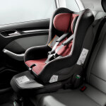 Audi child seat, misano red/black