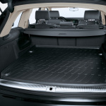 Luggage compartment shell, for 5-seater and 7-seater vehicles when the third row of seats is lowered