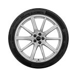 Complete winter wheel in 10-spoke star design, galvanic silver, metallic, 10 J x 22, 275/40 R 22 107V XL