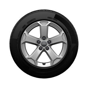 Complete winter wheel in 5-arm latus design, brilliant silver, 7 J x 17, 215/55 R17 94V, right