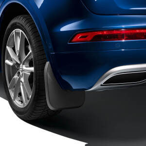 Mud flaps, for the rear, for vehicles with equipment line advanced