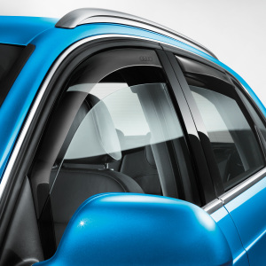 Wind deflector, for vehicles with the chrome window slot trim, front