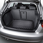 Luggage compartment shell, for vehicles with front-wheel drive