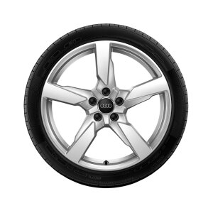 Wheel, 5-arm polygon, galvanic silver, metallic, 8.0Jx19, winter tyre 225/40 R19 93V XL, right