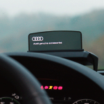 Head-up display, with TOLED-screen