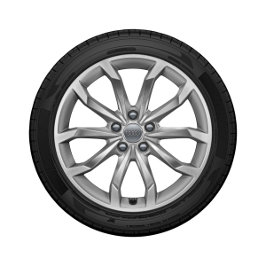Complete summer wheel in 10-spoke V design, brilliant silver, 8 J x 18, 245/40 R 18 97Y XL