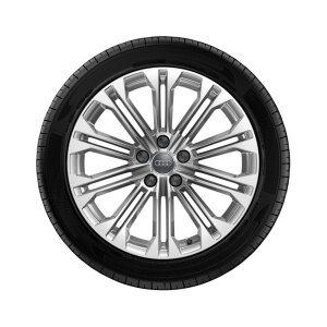 Complete winter wheel in 10-parallel-spoke design, brilliant silver, 8 J x 18, 245/40 R18 97V XL, left
