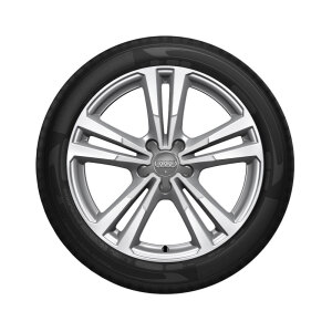 Complete winter wheel in 5-parallel-spoke design, brilliant silver, 7.5 J x 17, 215/40 R17 87V XL, right