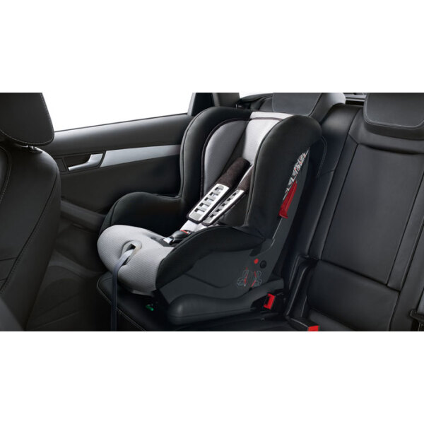 audi child seat with isofix silver black 4l0019903 eur. Black Bedroom Furniture Sets. Home Design Ideas