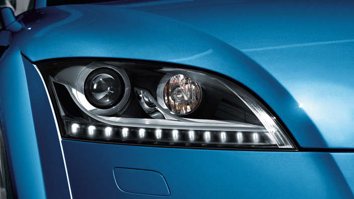 Retrofit solution for the LED daytime running lights, for vehicles with adaptive light