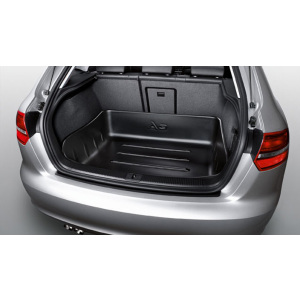 Luggage compartment tray, for vehicles with front-wheel drive