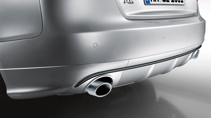 Rear diffuser with blade, for vehicles with a single tailpipe on the left, primed