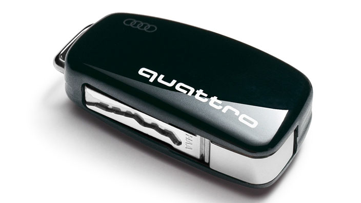 Key cover with quattro design, brilliant black