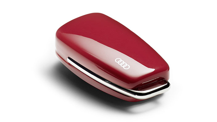 Key cover with Audi rings, misano red