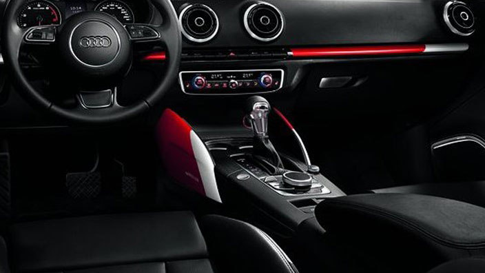colour kit red, decorative trims for the centre console, misano red/ibis white
